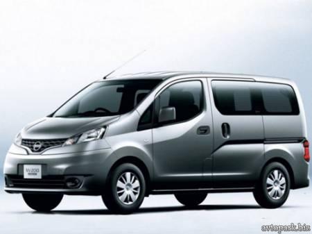 Nissan NV200 фото